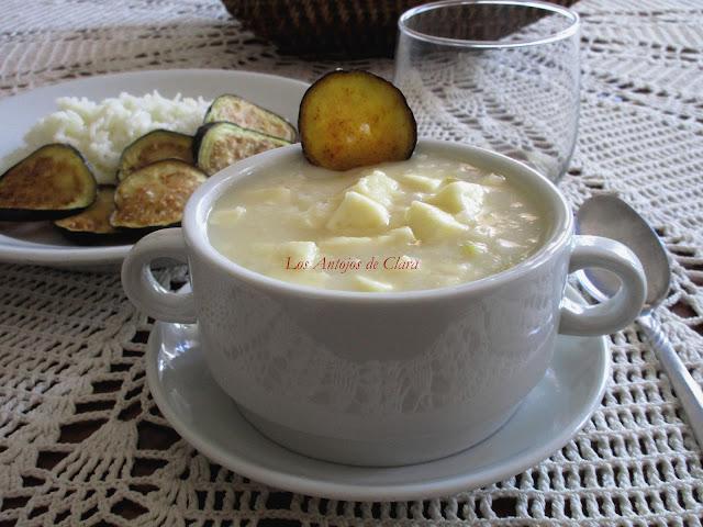 Sopa de ñame con queso costeño