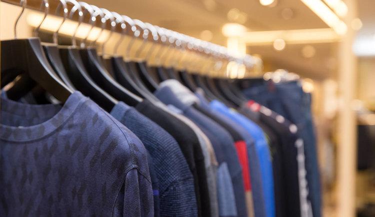 La venta de ropa bajó un 30% por la caída del poder de compra y el desempleo