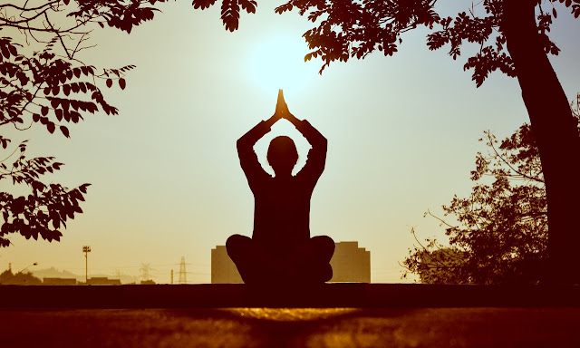 benefits-of-yoga-in-hindi-and-history-of-yoga.