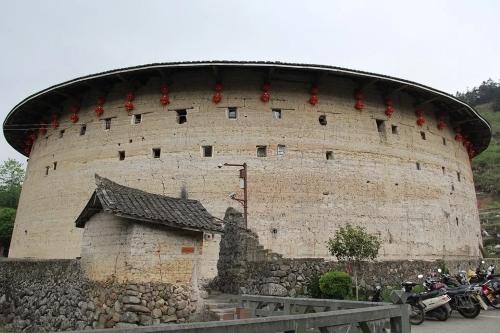 edificio circolare-terra cruda-Cina-architettura