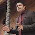 """Assista o clipe """"É de Pé"""" nova música de Cássio Gomes"""