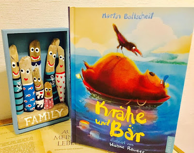 """""""Krähe und Bär. Die Sonne scheint für uns alle."""" von Martin Baltscheit, Kinderbuch"""