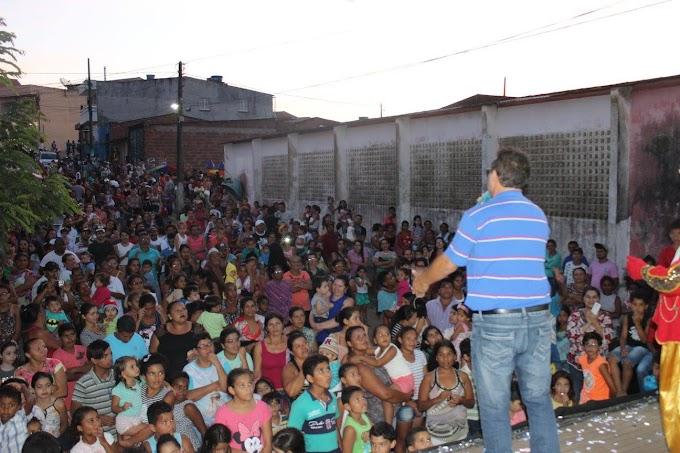PREFEITURA DE UMBUZEIRO FAZ FESTA PARA COMEMORAR O DIA DAS CRIANÇAS