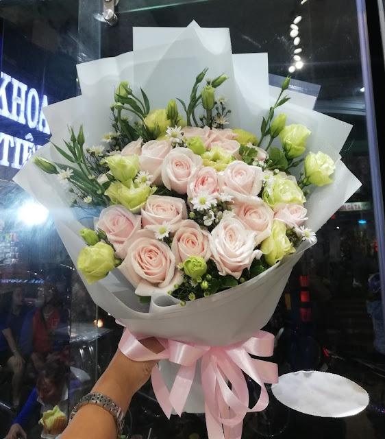 hoa tuoi nguyen anh thu quan 12