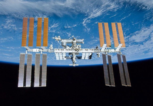 Tinuku Air leak occurs on Russian spaceship docked to ISS