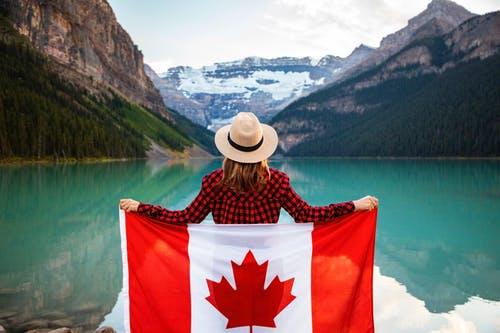 ما هو تصريح السفر الإلكتروني بكندا؟