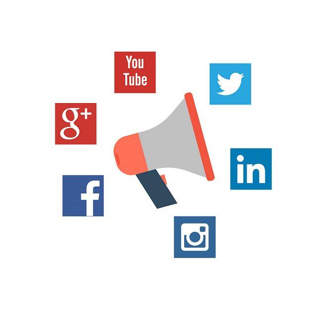 Drive traffic from social media websites