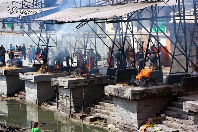 ritos funerarios hindúes 17