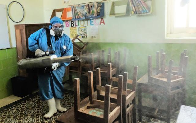Desinfectan los 2,816 donde se instalarán las casillas el domingo