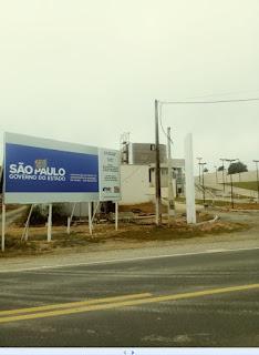 """Conheça os serviços da empresa """"Soluções Calhas"""" em Registro-SP"""