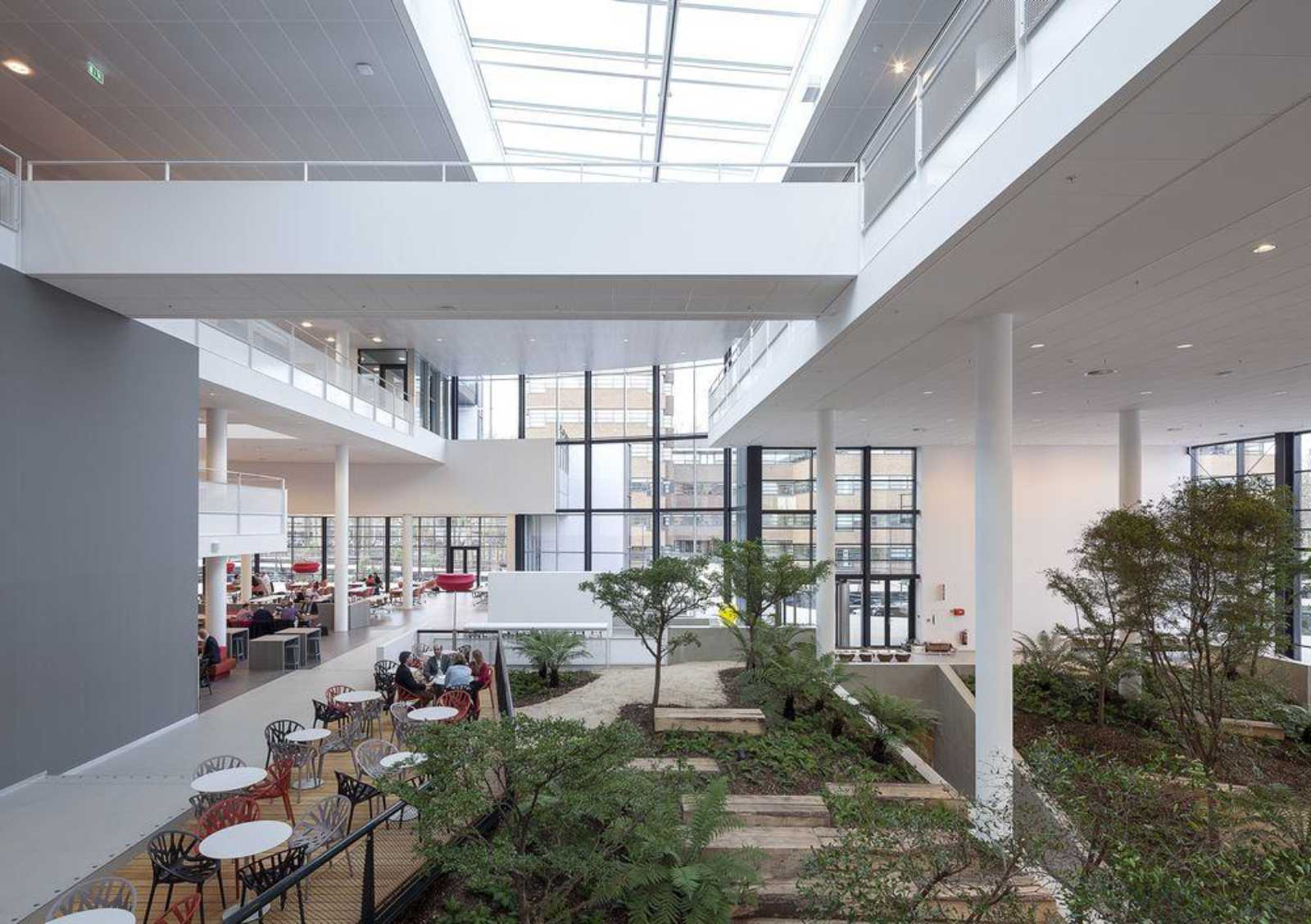 CONFERENCE CENTER BY ADP ARCHITECTS  A As Architecture