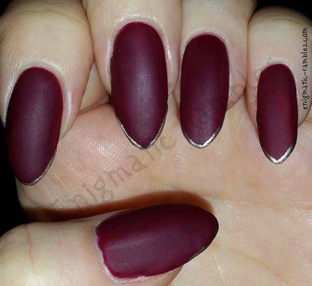 Fashion-Matte-Micro-French-Nails