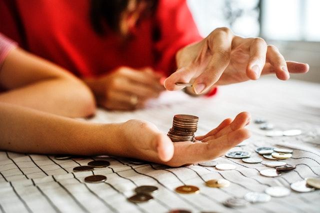 Alasan Logis Pinjam Uang