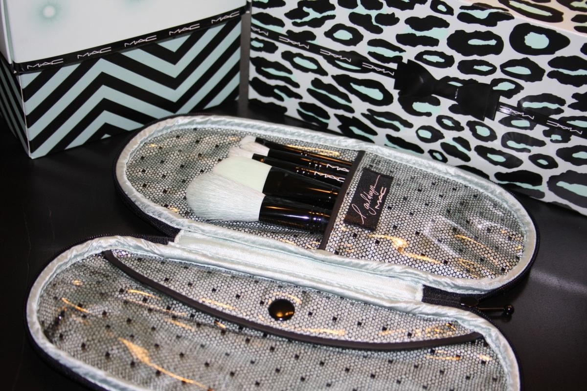 lillith 39 s dark tower mac glamour daze produktauswahl und gedanken. Black Bedroom Furniture Sets. Home Design Ideas
