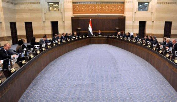 مجلس الوزراء يسمح باستيراد الحصادات الزراعية ويوافق على قائمة مستوردات
