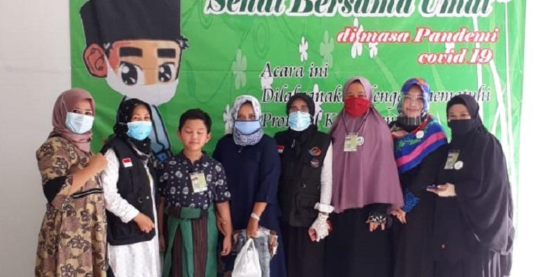 Bantu Sesama Saat Pandemik, Relawan GRTP  Gelar Sunatan Massal Di Bekasi