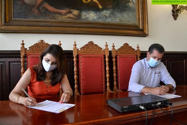 El ayuntamiento de Santa Cruz de La Palma y Academia Canarias firman un convenio de colaboración