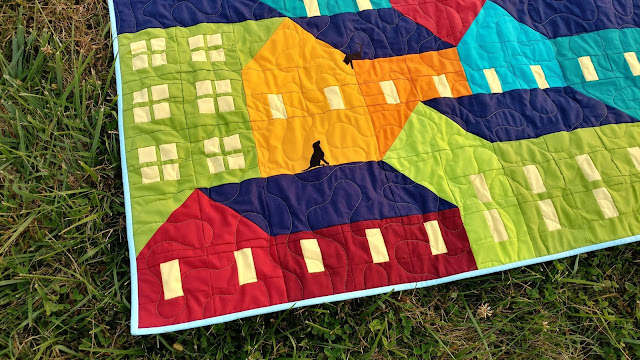 Custom Hillside Houses quilt