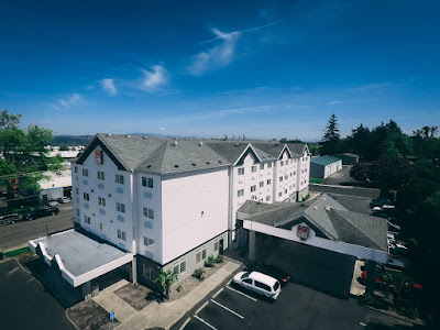 Extended Stay Hotel | Portland Suites Airport East