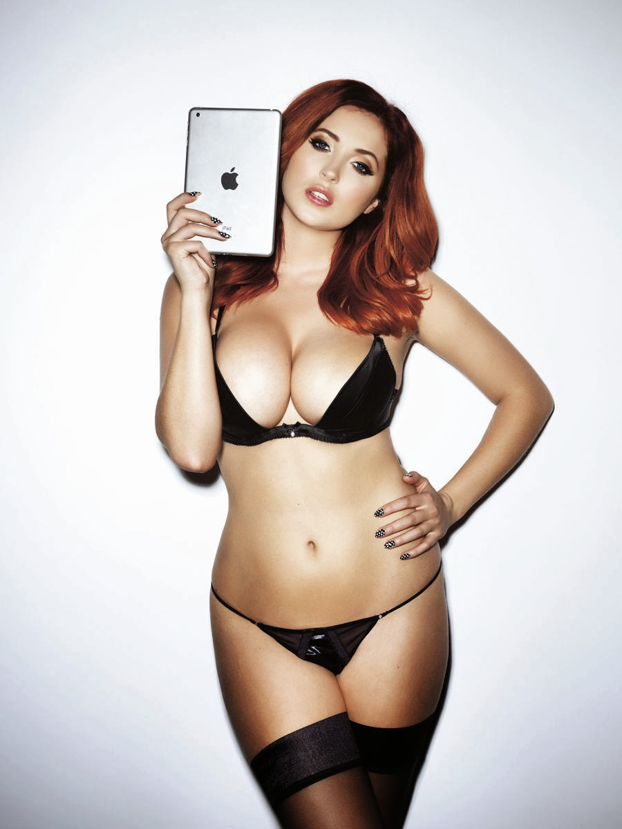 Lucy Collett Topless Big Boobs Looking Yummy For Nuts -7588