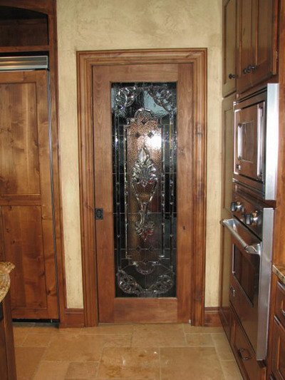 Choosing The Right Pantry Doors To Help You Spice Up The