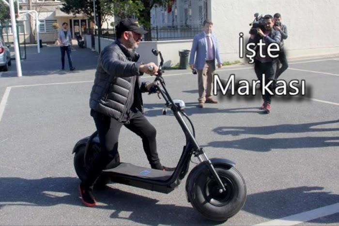Cem Yılmaz'ın Kullandığı Elektrikli Bisikletin Markası