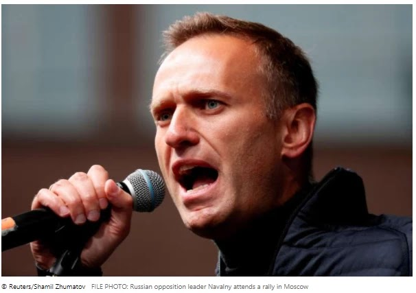 Coalition says Kremlin is using threats to discourage Navalny's repatriation