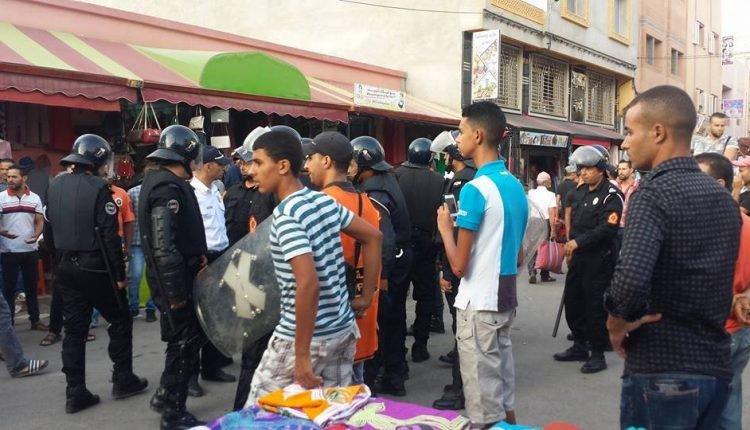 """محكمة الناظور تطلق سراح جميع معتقلي """"حراك الريف"""" بالعروي"""