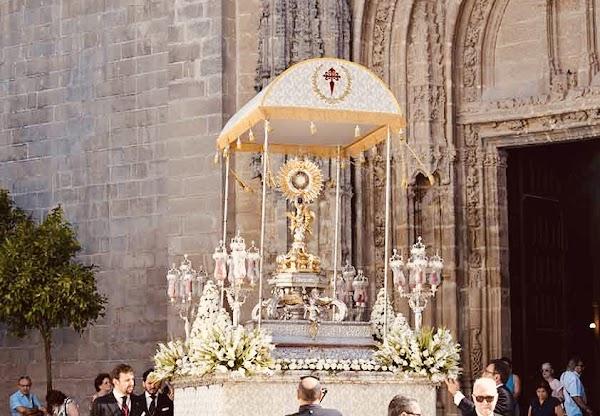 El ciclo sacramental, en el aire