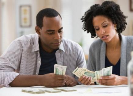 woman spend money man