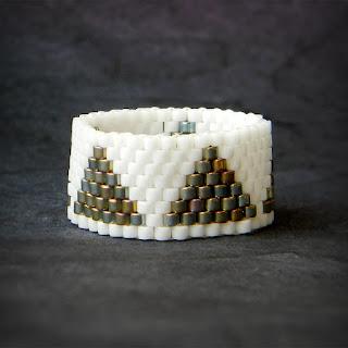купить кольцо ручной работы белое кольцо из бисера анабель ру