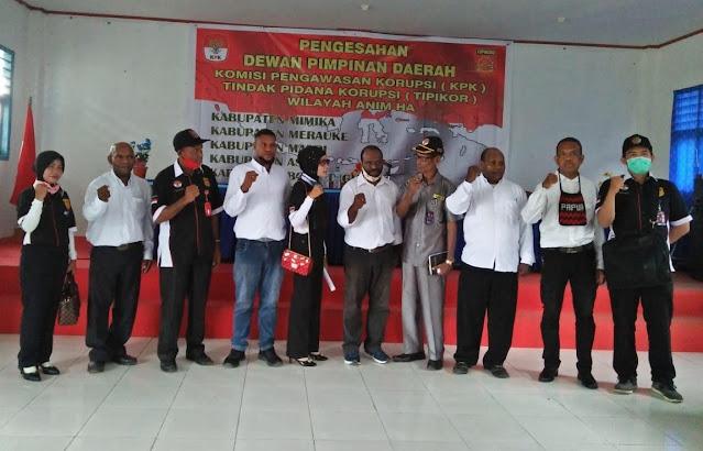 Yowel Warobai Sahkan Korwil KPK-Tipikor Anim Ha dan 5 DPD di Papua Selatan.lelemuku.com.jpg