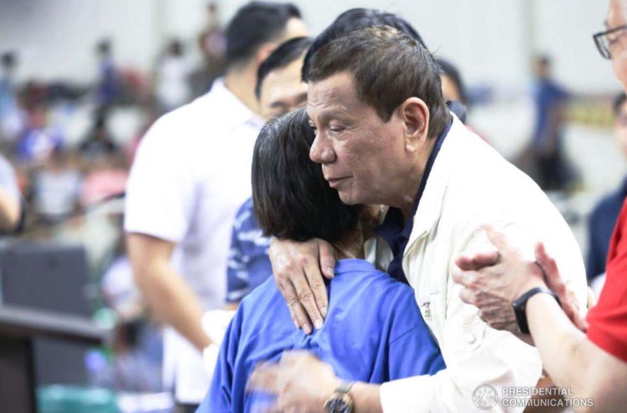 #NasaPusoKoAngPangulo trends as netizens show support for Duterte
