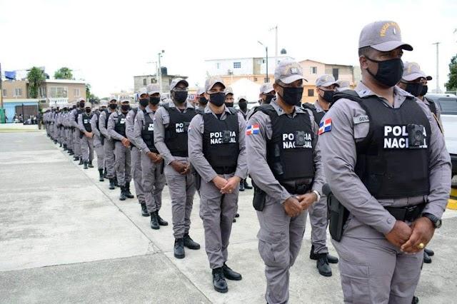 Lanzan plan de seguridad en Los Alcarrizos; agentes utilizarán pistolas eléctricas y cámaras en uniformes
