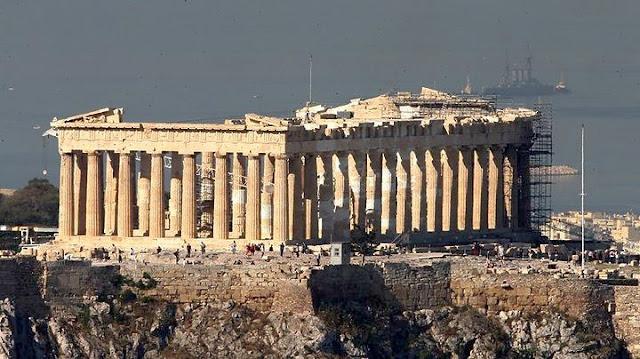 45χρονος άνδρας αυτοκτόνησε πέφτοντας από την Ακρόπολη