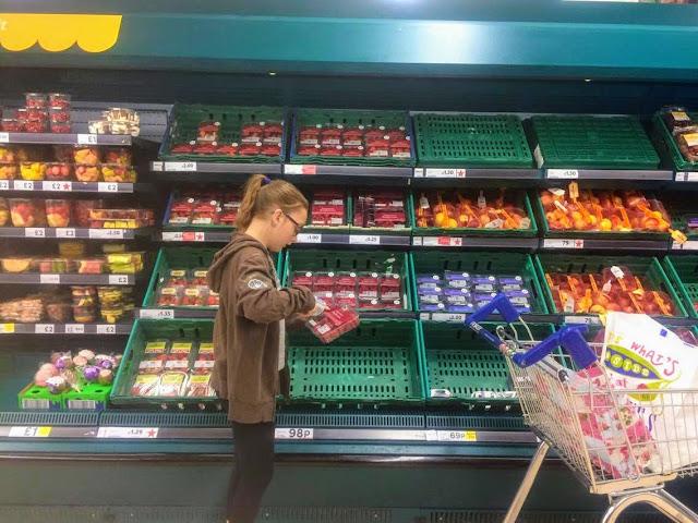 Self scan, raspberries,  #shop,  #cbias,