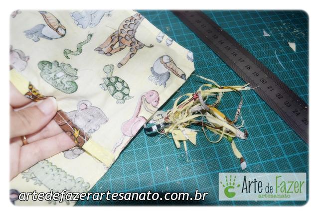 montagem da capa do saquinho térmico de arroz bordado para bebê