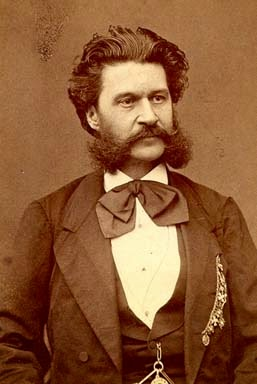 Con Ton Y Son Gallina Ciega De Johann Strauss Hijo