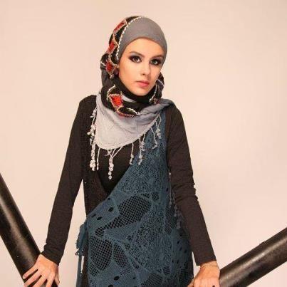 Très Hijab moderne - robes chics avec hijab pour femmes voilées  UW65