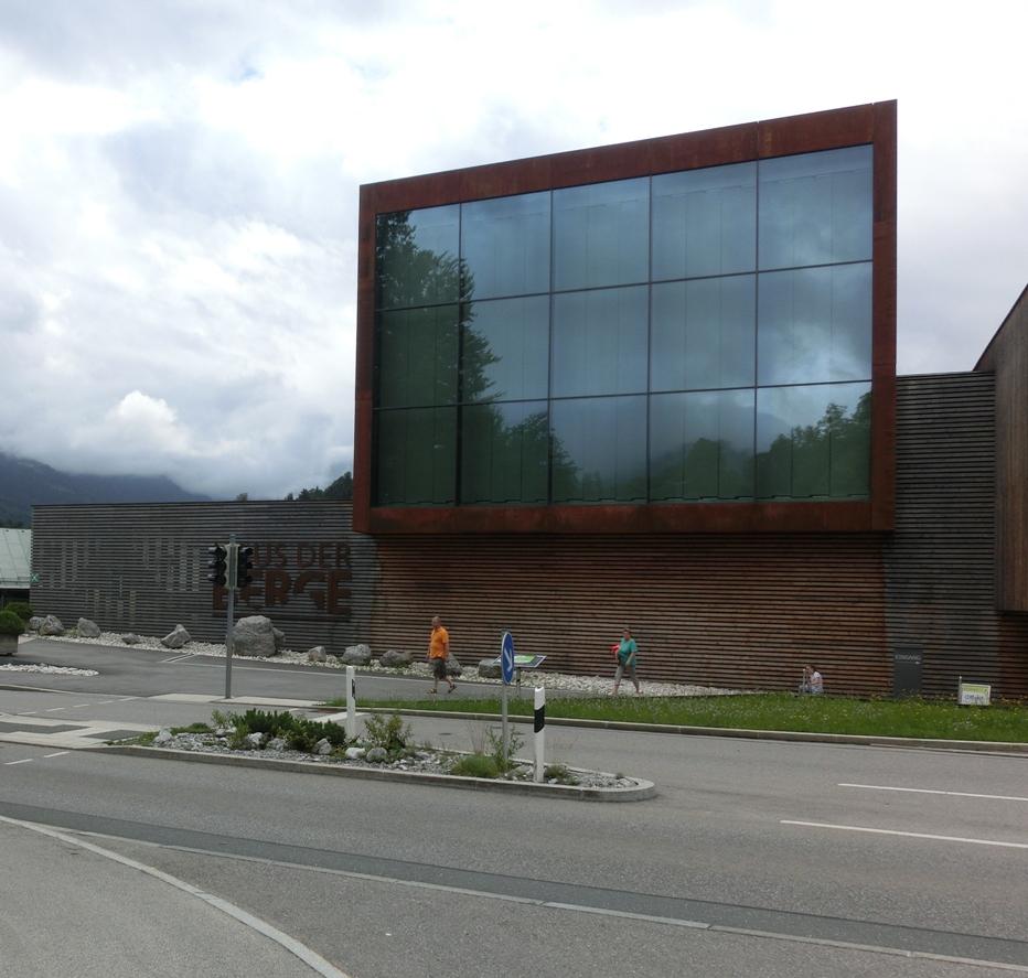 Haus Berge: Bhakti Yoginis Blog