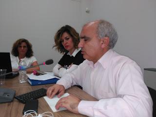 José Luis tomando el acta de concejal