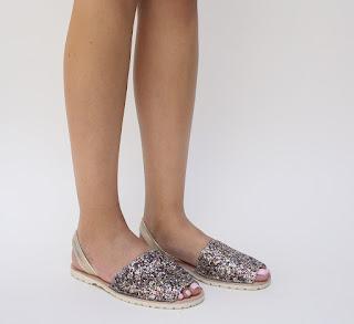 sandale de vara fara toc, model nou aurii cu gliter