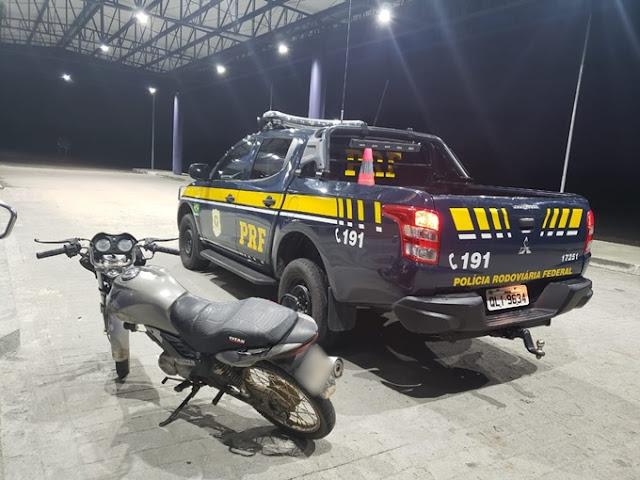 Em Canapi/AL, PRF prende homem por embriaguez ao volante e por receptação na BR-316