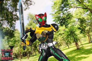 SH Figuarts Shinkocchou Seihou Kamen Rider OOO TaToBa Combo 51