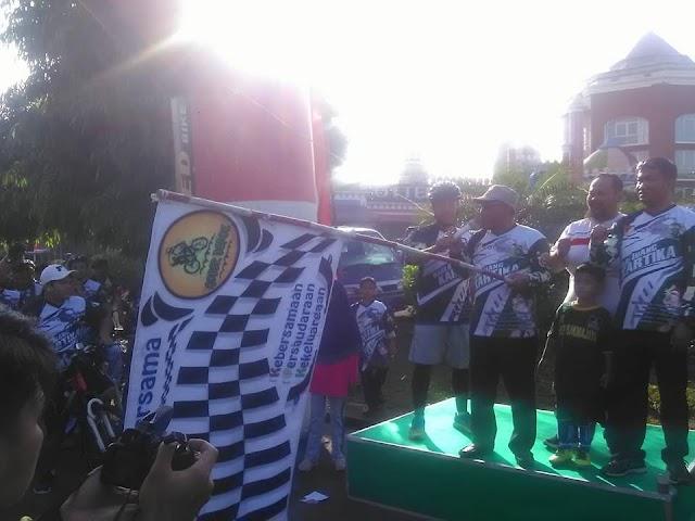Walikota Lepas Ribuan Peserta Fun Bike Hari Juang Kartika