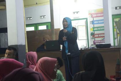 KKN Kelompok 40 Desa Karang Paiton, Kecamatan Ledokombo Universitas Muhammadiyah Jember 2020 Memberi Penyuluhan Tentang Pentingnya Kewirausahaan Untuk Meningkatkan Perekonomian di Desa Karang Paiton