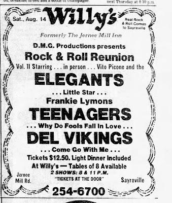 Willy's... before Modern Times... Hunka Bunka and The Starland Ballroom