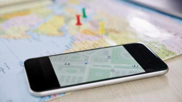 Cara mencari teman facebook sesuai lokasi android