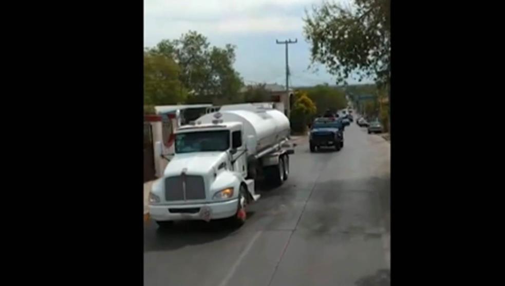 """Deja sin """"gas"""" a policías y militares; CDN amenazan con quemar gasolineras si surten combustible a elementos de Nuevo Laredo, Tamaulipas"""