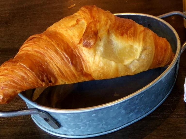 donde-comer-paris-croissant